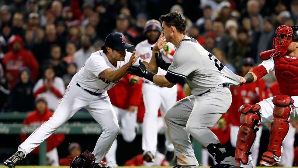 636590931107267857-USP-MLB-NEW-YORK-YANKEES-AT-BOSTON-RED-SOX-99112883